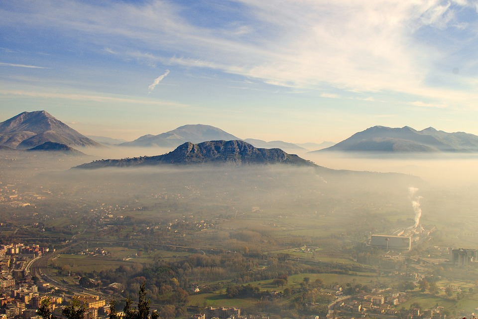 Inexpensive places to visit between Rome and Naples